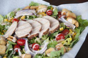 salade bij de barbecue