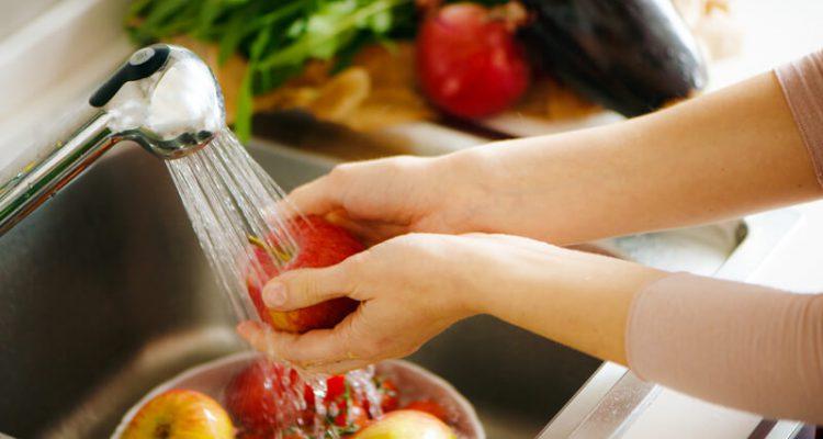 zo moet je fruit wassen